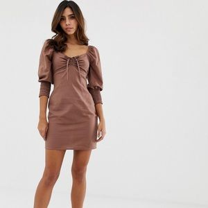 Sweetheart neck mini dress with shirred cuffs